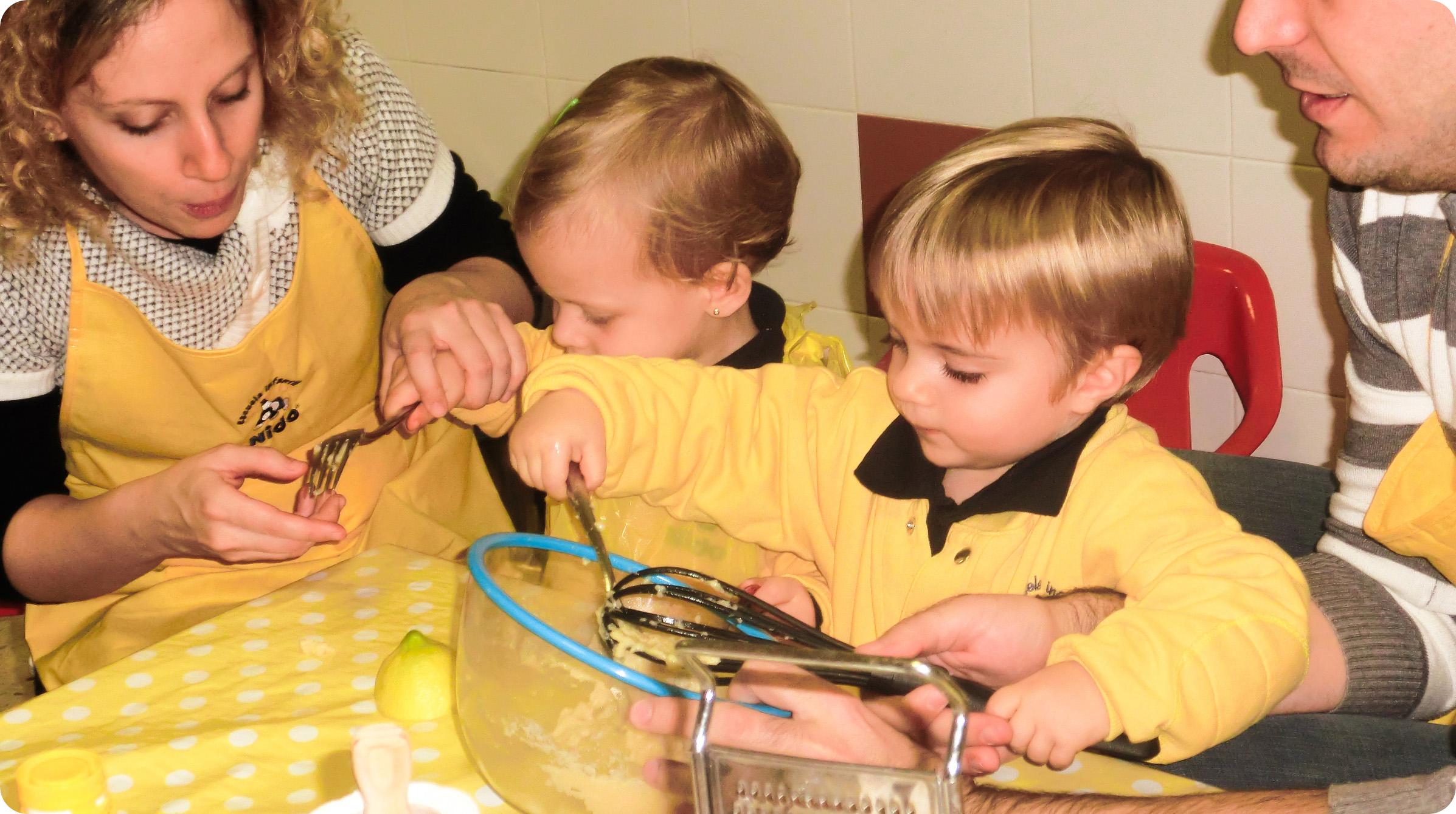 Niños & Papás Nido cocinando juntos